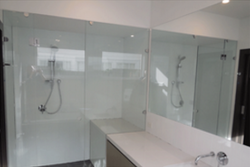 custom-made-frameless-shower-screens-melbourne_2